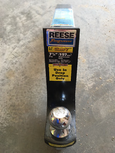 "Reese 7 3/4"" drop hitch with ball"
