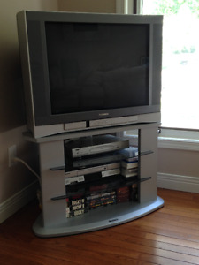 TOSHIBA FLAT TUBE TELEVISION AND MATCHING STAND