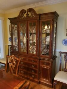 Traditional 11 piece Solid Wood Dining Room