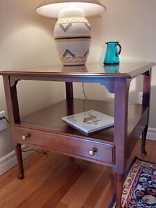 END TABLE WALNUT