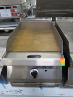"""NEW GARLAND 15"""" DESIGNER GAS GRIDDLE WITH THERMOSTAT CONTROL"""