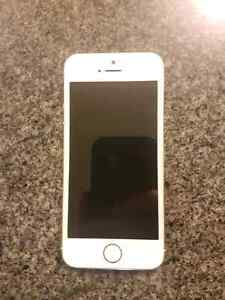 Iphone 5s mint condition new battery not a single scratch Peterborough Peterborough Area image 3