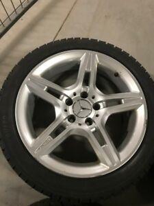 Mercedes-Benz AMG mags rim 17 pouces + pneus hiver 225/45r17
