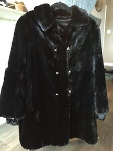 Gorgeous & Warm Black Real Sheared Beaver Car Coat MUST SELL! London Ontario image 1