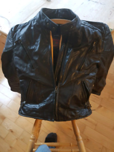 Womans motorcycle leather gear and vent jacket
