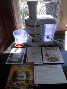 Jack Lalanne power juicer with manual and recipies