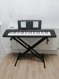 Yamaha Piaggero NP-12 keyboard piano