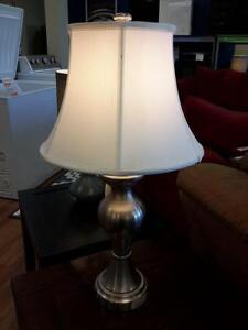 *** USED *** ASHLEY RISHONA LAMP (2/CN)   S/N:51162699   #STORE523