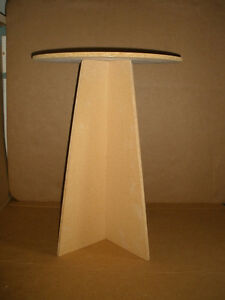 Round Pressboard Table with Tablecloth London Ontario image 2