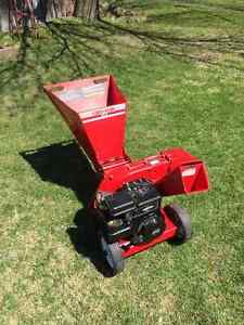 Wood Chipper / Yard-Man SC 5