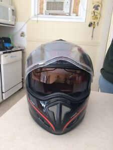 Snowmobile helmet  Kawartha Lakes Peterborough Area image 1