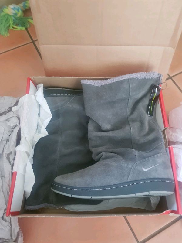 Nike Sneaker Hoodie, Brand New ,Woman's Boots , US7, UK4.5, EUR38 | in Great Notley, Essex | Gumtree