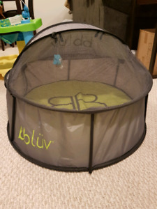 Outdoor Travel Sleep/Play Tent