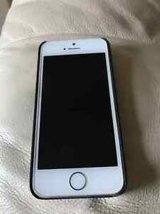 iPhone 5s 32gb Unlocked Gold
