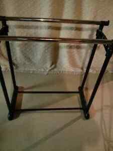 Storage rack London Ontario image 1
