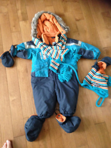 Calin caline Snowsuit/Habit de neige