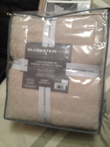 gluckstein Home 3 piece Coverlet Set Plus 2 SHAMS,Sealed