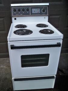 "Stove 24"" Kenmore"