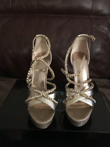 "Guess by  Marciano Los Angeles 4"" dress gold heels"