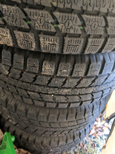 235 60 17 Toyo GSI 5 Ice Tires on steel wheels WITH SENSORS**