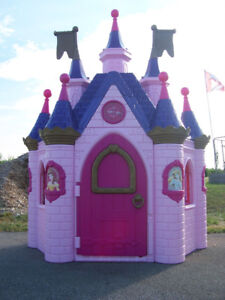 Huge Disney Princess Palace Playhouse Castle & much more...