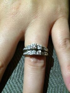 Engagement & wedding ring