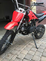 125 CC DIRT BIKE WITH UPGRADES