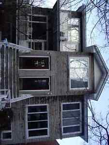 Lovely upper 7 1/2 Rm apt, 4  Br,2 BthRms, heat,hot water,garage