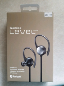 Samsung Level Bluetooth Headphones New In Box