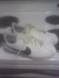 Lady's Nike running shoes wore few times $40