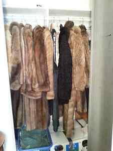 Lot de manteau de Véritable fourrure - 2 pour 100$ -