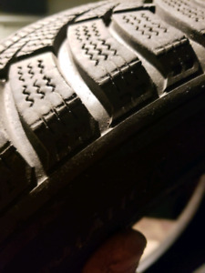 P195/60 r15 snow tires 90% tread left...almost new