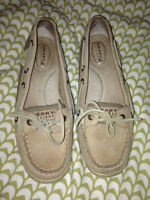 Barely worn women's Sperry shoes size 8