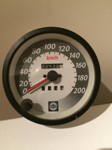 Cadran ou speedometre pour Bombardier