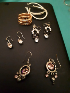 Lot of earings