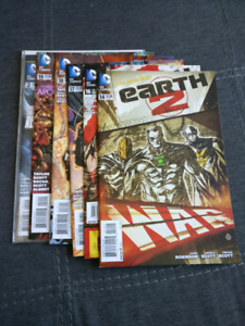 Earth 2 Comic Lot and Justice League United