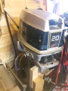 1986 evinrude 20 hp short shaft with electric start