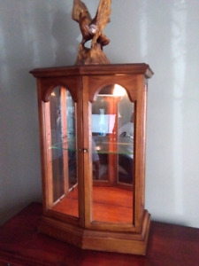 Curio display cabinet case vitrine with light