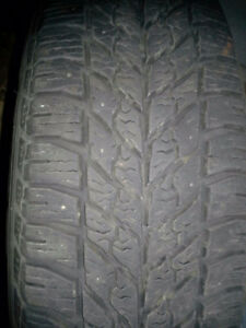 GoodYear Ultra Grip winter tires 215/65 R16 on rims 2007 caravan