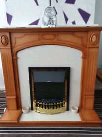 Real wood fireplace & Electric Fire (electric fire sold separately)