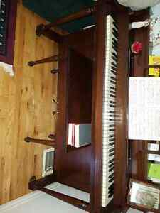 Great piano For sale- Good condition Kawartha Lakes Peterborough Area image 1