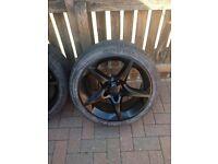Vauxhall alloys X 4, with good tires.