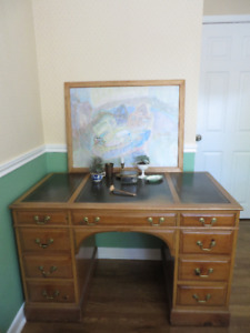 Antique Victorian Oak Writing Desk with Leather top