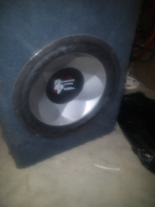 2 12 inch subs in box