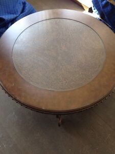 Coffee Table - BRAND NEW. Large circle table London Ontario image 2