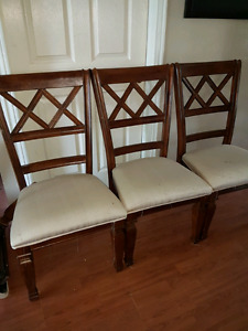 4 dining room chairs.
