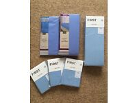 5 pillow cases, 2 king size fitted sheets