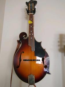 Mandolin Oscar Schmidt OM40
