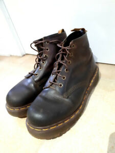 Dr Martens - women's size 9, brown leather boots