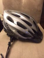 Men's size M/L Giro bicycle Helmet